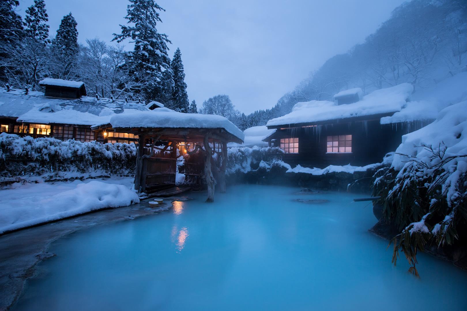 秋田県鶴の湯温泉